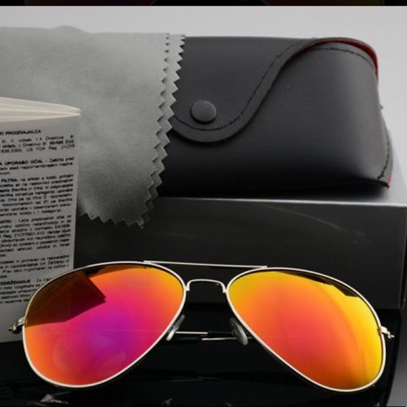Ray-Ban Other - NEW Ray Ban's Sunglasses Aviators with case